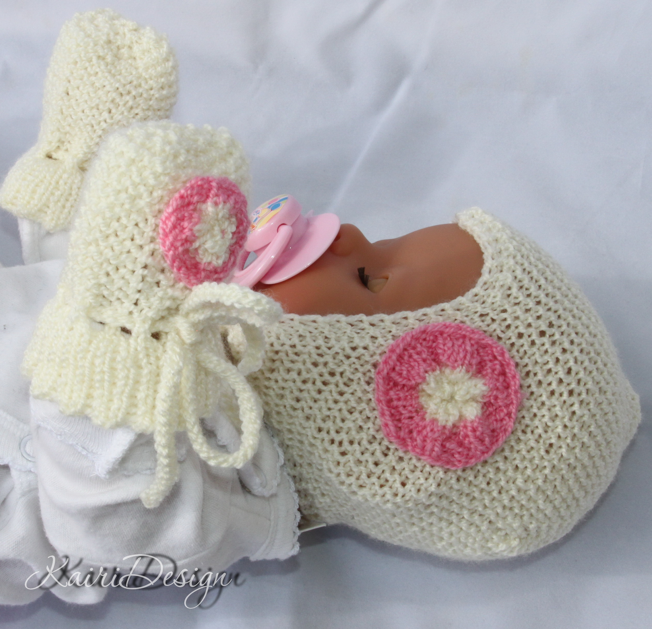 Baby doll set- knitting pattern 17-18""