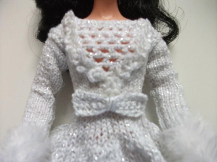 Kaia Winter Princess Pattern for Barbie at Makerist - Image 1