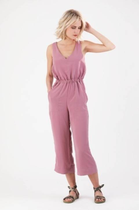 Carla Jumper / Jumpsuit - Sewing Pattern and Instruction at Makerist