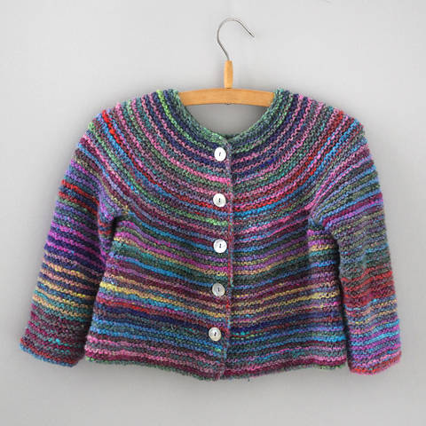 Top-down Strickjacke EVA / Strickanleitung bei Makerist