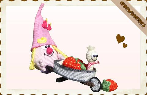 Häkelanleitung (064): Erdbeer-Lotti bei Makerist
