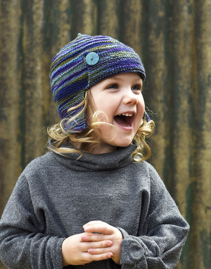Aerial earflap hat - knitting pattern at Makerist - Image 1