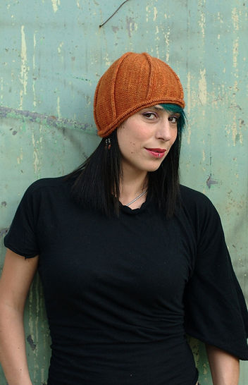 Asymloche cloche hat - knitting patterm at Makerist - Image 1