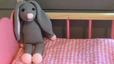 Doudou lapin au crochet-Tutoriel chez Makerist