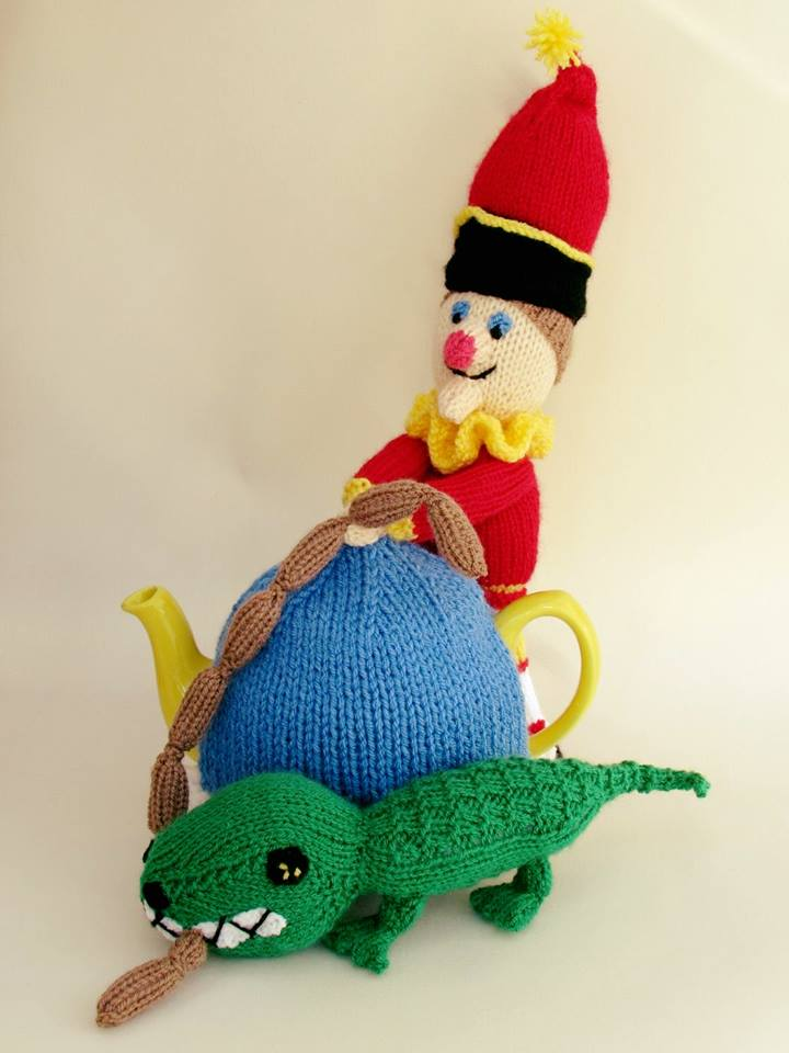 Mr Punch Tea Cosy Knitting Pattern