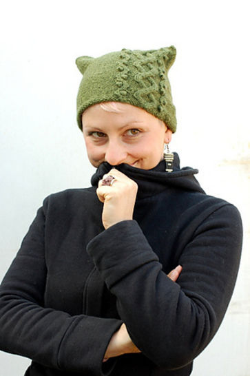 Floralys beanie hat - knitting pattern at Makerist - Image 1