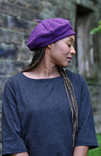 Cabled Cap - knitting pattern at Makerist - Image 1