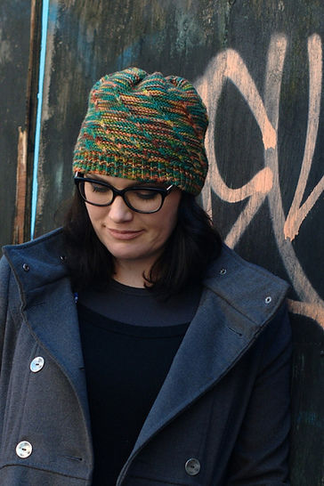 Helical beanie - knitting pattern at Makerist - Image 1