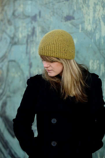 Half Theory beanie - knitting pattern at Makerist - Image 1
