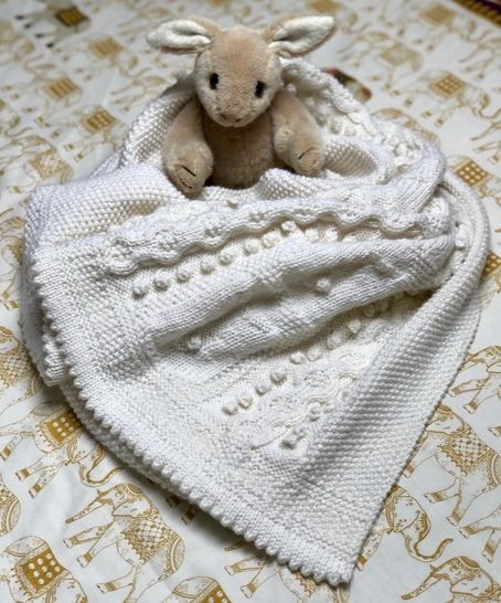 Bobble Bunny Baby Blanket knitting pattern at Makerist - Image 1