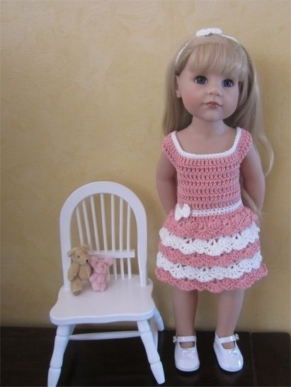 Lace and ruffles: crochet outfit for 50 cm doll at Makerist - Image 1