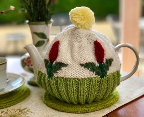 Tulip Tea Cosy Knitting Pattern at Makerist