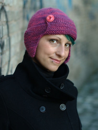 Karenin earflap hat - knitting pattern at Makerist - Image 1