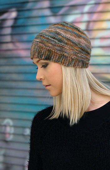 Quoin beanie - knitting pattern at Makerist - Image 1