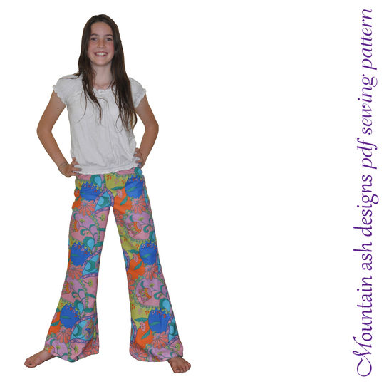 Funky Flares Pants Sewing Pattern in Girls Sizes 2-14 at Makerist - Image 1