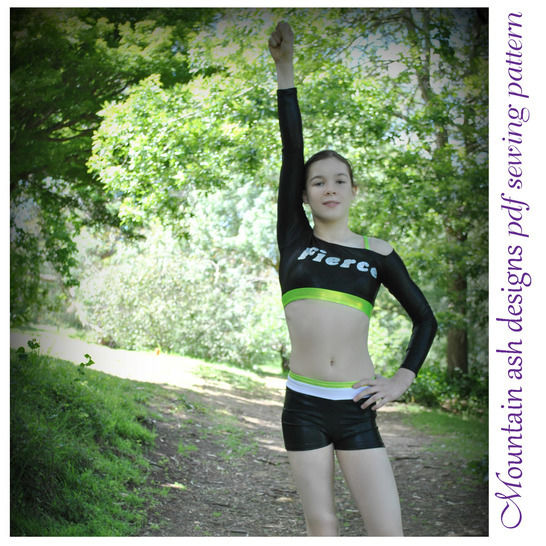 Cheer 5 Cheerleading Unifrom Tops in Girls Sizes 2-14 at Makerist - Image 1