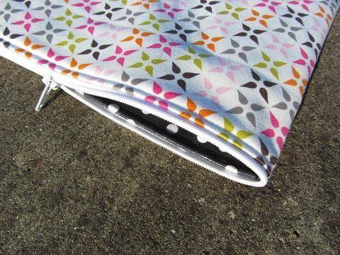 Perfect endless zipper pouch - for zip pouches sewing cosmetic bag at Makerist