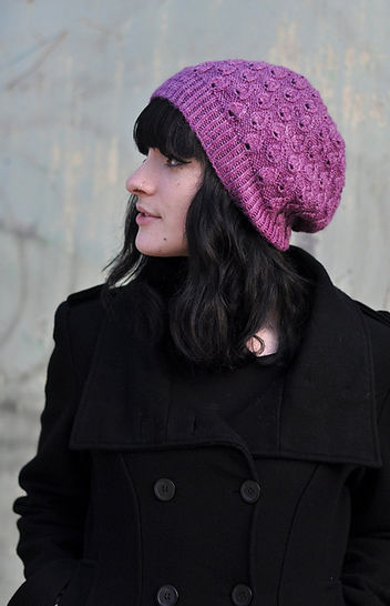 Pavone slouchy hat - knitting pattern at Makerist - Image 1