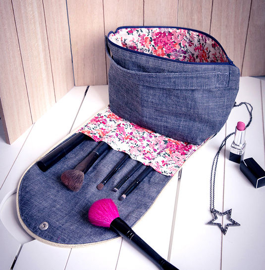 La trousse de maquillage ADA  chez Makerist - Image 1