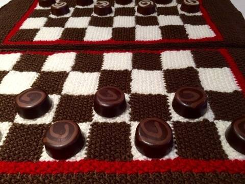 Chess or Draughts Placemats Knitting Pattern