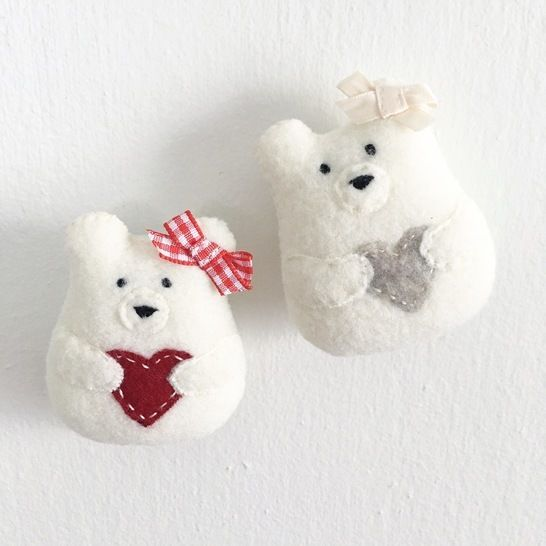 Sweetheart Bear Sewing Pattern - Bear Plush Toy - Christmas Ornament at Makerist - Image 1