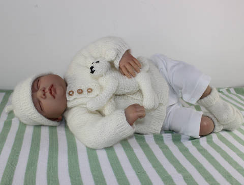New Baby Matinee Coat,Booties,Beanie &Toy  Lamb at Makerist