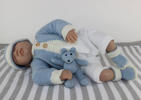 new Baby matinee Coat, Booties, Beanie & Toy Teddy Bear at Makerist