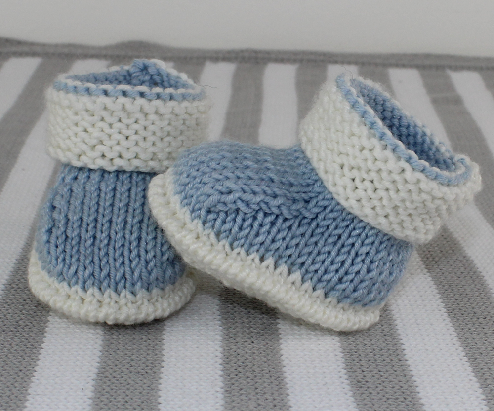 Baby 2 Colour Booties Knitting Pattern