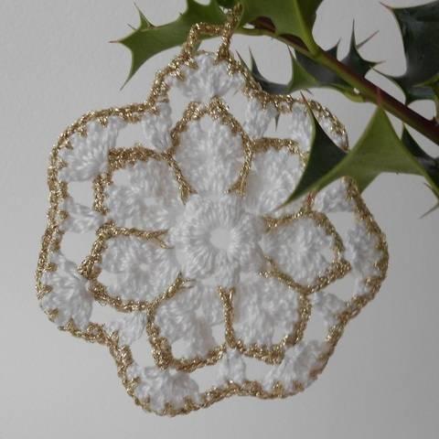 Étoile du Nord, décoration de Noël tutoriel au crochet, granny flocon façon étoile chez Makerist
