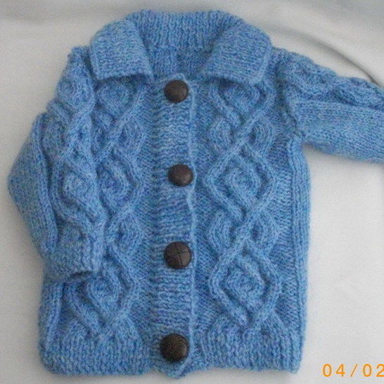 Baby or toddler coat jacket - knitting pattern at Makerist - Image 1