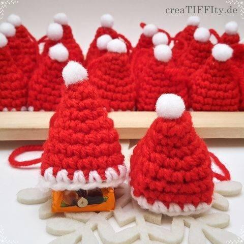 Weihnachtsmütze mit Praline - Häkelanleitung