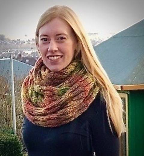 New England Cowl / Infinity Scarf at Makerist