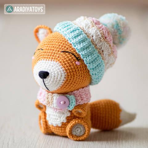 "Modèle au crochet d'Alice le renard de ""AradiyaToys Design"" chez Makerist"