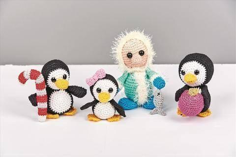 Amigurumi Pinguinfamilie mit Deko