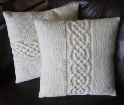 Celtic Knot Pillow Cover Knitting Pattern at Makerist
