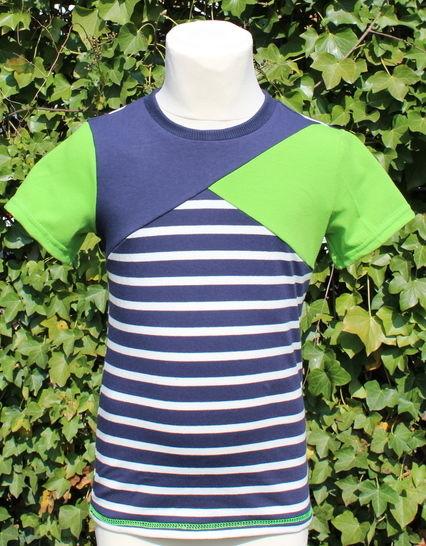 ✂ Schnittmuster Bene ✂ T-Shirt für Jungs mit asymetrischer Teilung bei Makerist - Bild 1