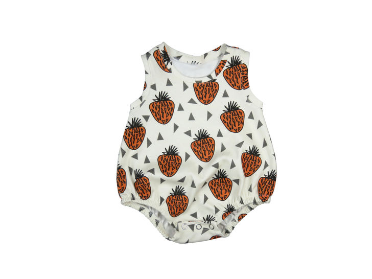 Baby romper sewing pattern, bubble onesie pattern, PDF, baby sunsuit pattern, bodysuit pattern, at Makerist - Image 1