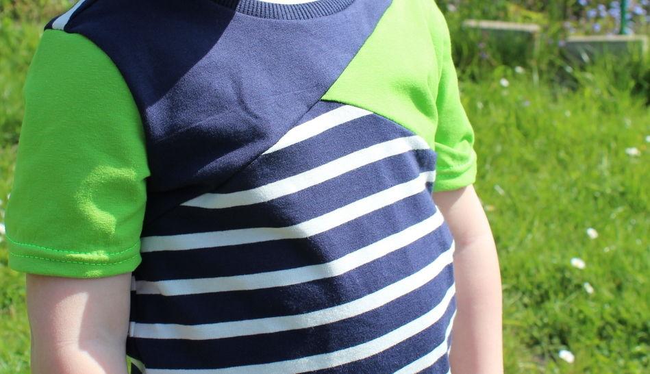 ✂ Schnittmuster Mini-Bene ✂ T-Shirt für Jungs mit asymetrischer Teilung bei Makerist - Bild 1
