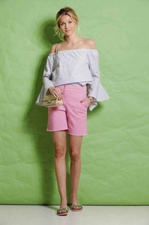 Pinkfarbene Shorts bei Makerist