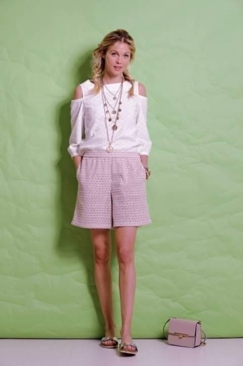 Roséfarbene Shorts aus besticktem Tüll bei Makerist
