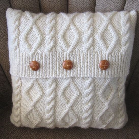 "Diamonds and Cable 16""/40cm cushion cover - PDF KNITTING PATTERN at Makerist - Image 1"