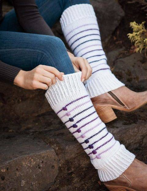 Éclaté Leg Warmers - hand knitting pattern