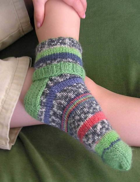 Cuffs baby & childrens socks - hand knitting pattern