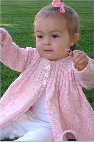Pretty as a Posy baby and girls coat dress - hand knitting pattern at Makerist - Image 1