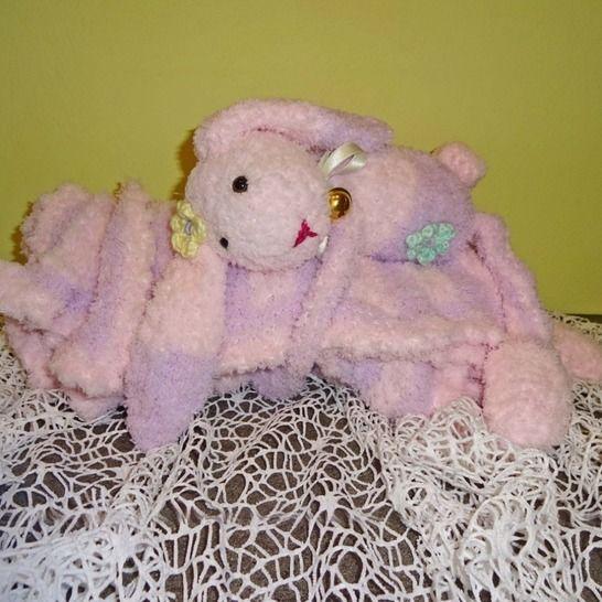 Baby-Decke mit Häschen, Strickanleitung von DaDaDe bei Makerist - Bild 1