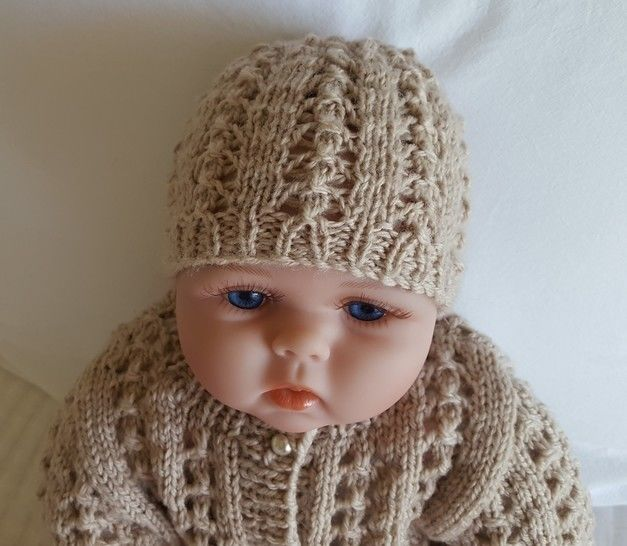 Baby's 8ply lace beanie - Lainey at Makerist - Image 1