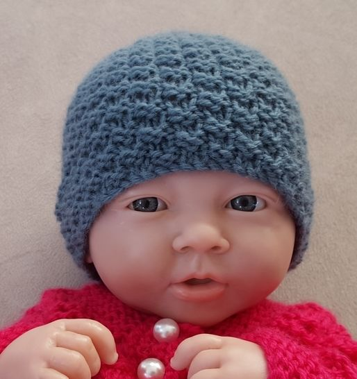 Babies 8ply double moss stitch Beanie - Marley at Makerist - Image 1