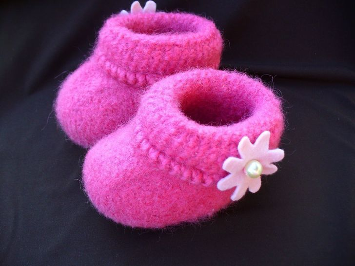 Felted Baby Booties Knitting Pattern at Makerist - Image 1
