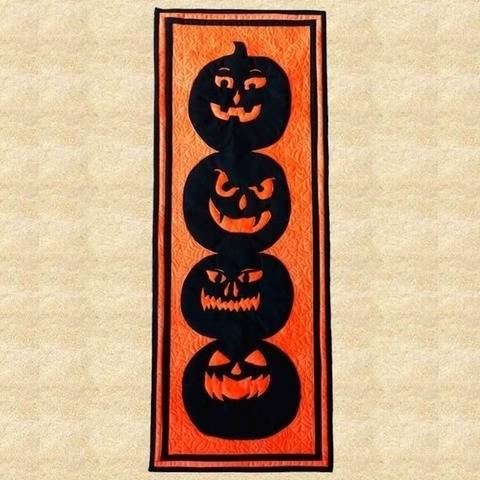 Stack O' Jacks Halloween Wall Hanging Pattern at Makerist