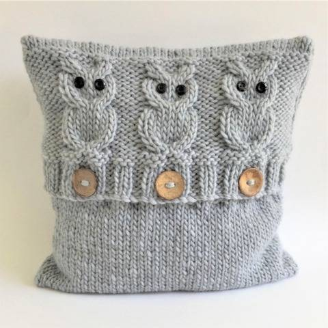 Knitting pattern - cushion cover - 3 Wise Owls